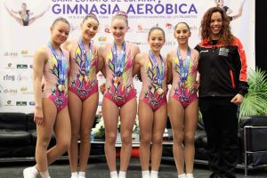 El Club Aerobic Moncada participa en el Open International Championship en Londres