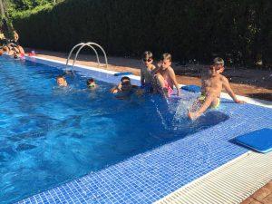 Fin de la segunda semana del Campus FBA Alfara con un día de relax pasado por agua