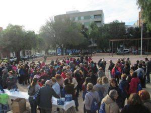La Marxa Saludable organizada por las farmacias de Moncada reune a dos centenares de mujeres