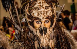 Manises celebra la fiesta de moros y cristianos con todo el boato de las capitanías mora y cristiana