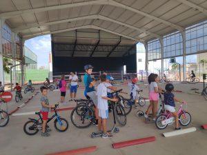 Vinalesa celebra un circuito de educación viaria dentro de las actividades de la Semana de la Joventut