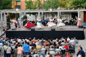 Meliana celebra una mostra de Balls Tradicional Valencians de L´Escola Municipal de Danses