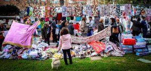 El Ayuntamiento ofrece al mercado de los lunes tres ubicaciones provisionales aunque los paradistas temen que el cambio sea definitivo